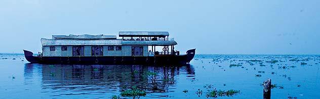 boathouse in kerala. Kerala boathouse, kerala boat